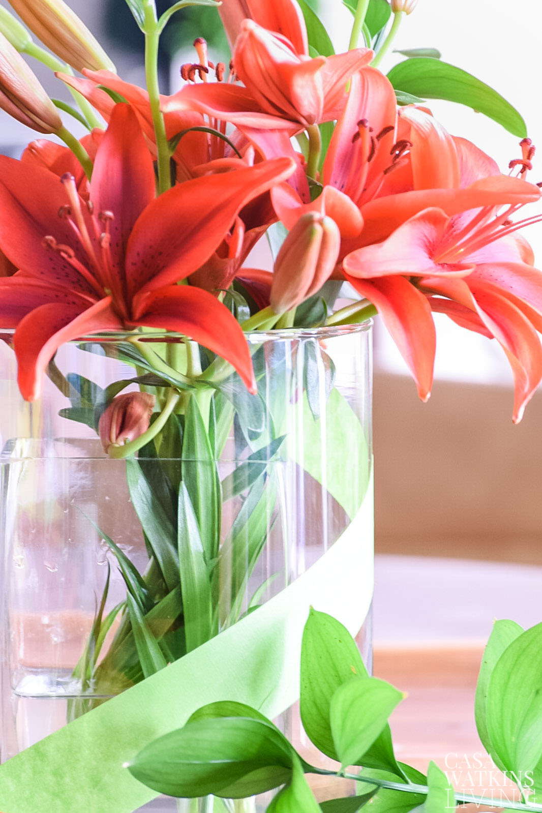 pretty vase with spring centerpiece idea!