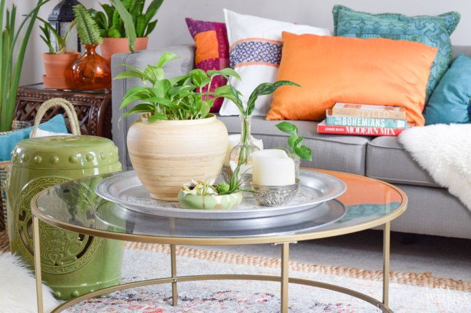 summer tray vignette with plants