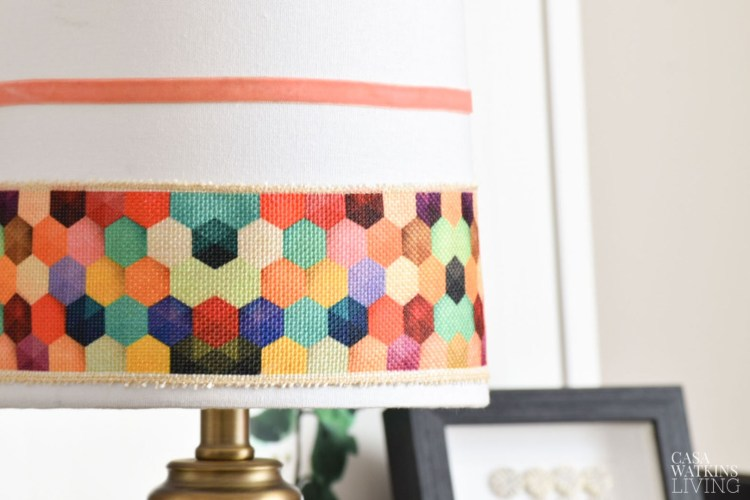 easy lamp shade makeover with ribbon