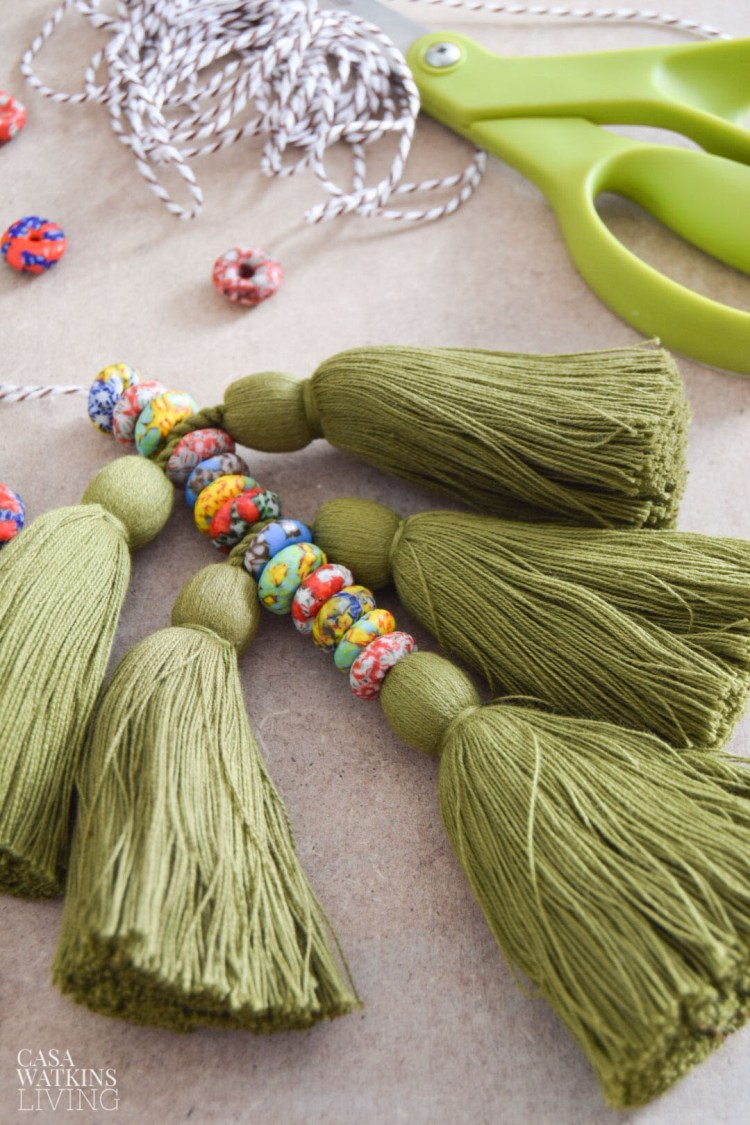 diy decorative tassel for knobs, walls, and plant stands