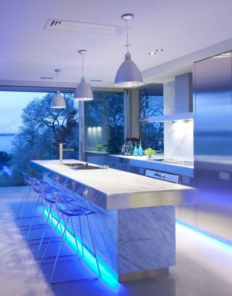 iluminación led lamparas marmol blanco azul sillas