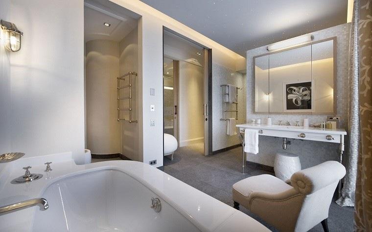 baño diseño lujoso sillon