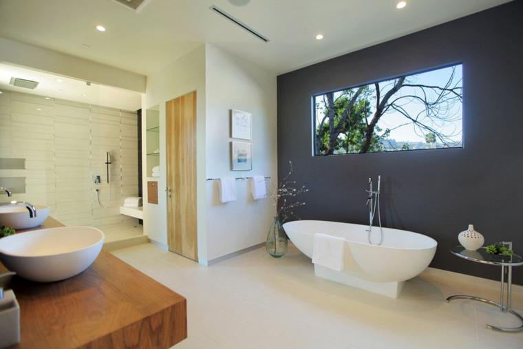 cuarto baño pared color gris