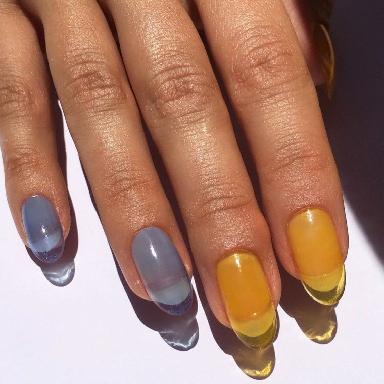 """manicure-trends-2020-transparencies """"width ="""" 760 """"height ="""" 760 """"srcset ="""" https://casaydiseno.com/wp-content/uploads/2020/05/tendencia-manicura-2020-transparencias.jpg 760w, https://casaydiseno.com/wp-content/uploads/2020/05/tendencia-manicura-2020-transparencias-150x150.jpg 150w """"sizes ="""" (max-width: 760px) 100vw, 760px """"/><img data-count="""