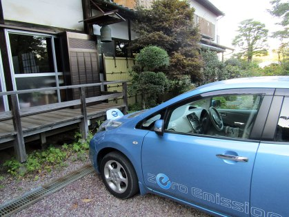 Chōfuku-ji temple was empty except for an electric car charging near the front door. Old meets new once again.
