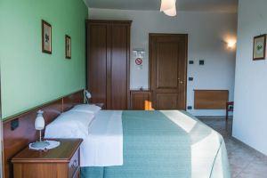 Gree Double Room Neive BandB