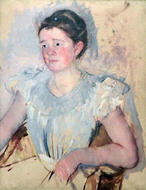 Buste d'une femme en corsage blanc