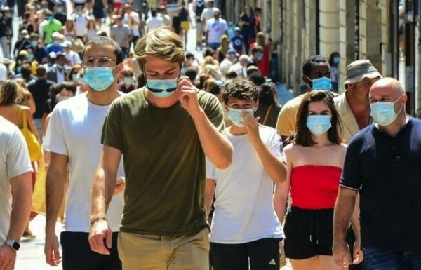 Mask mandate in French cities