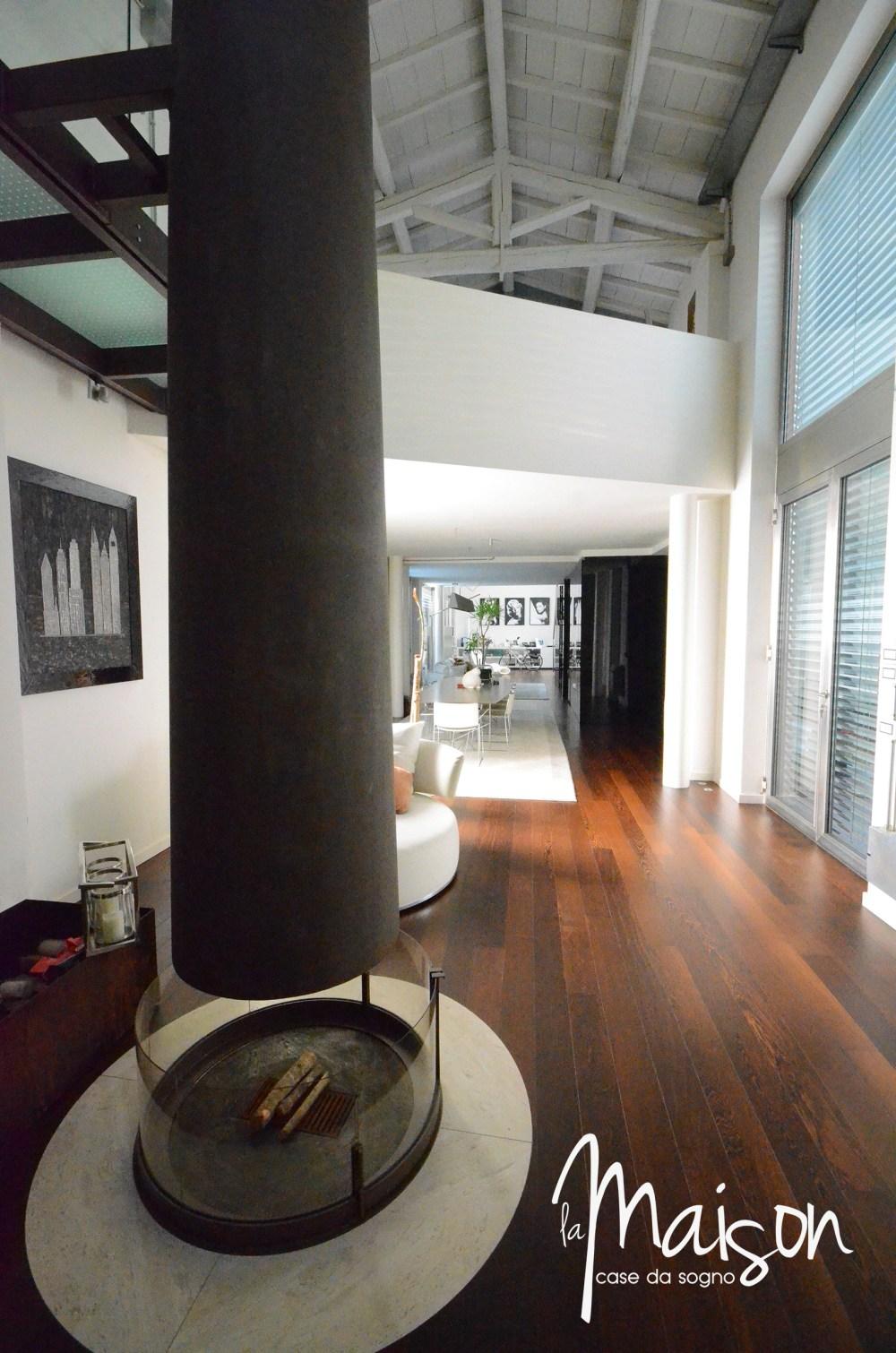 loft in vendita a prato case vendita prato studio immobiliare santa lucia agenzia immobiliare la maison case da sogno prato loft con giardino05.JPG