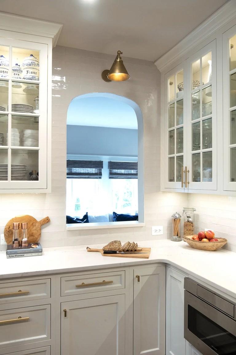 case design kitchen living room pass through window
