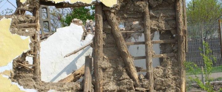 Soluții pentru reabilitarea caselor din chirpici sau paiantă