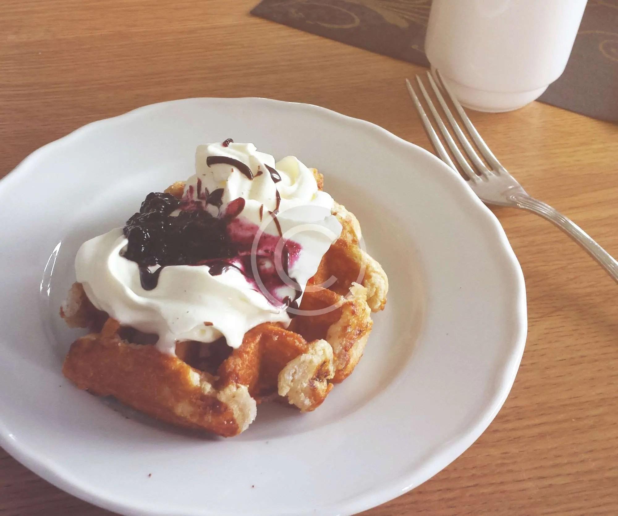 Waffles con Crema