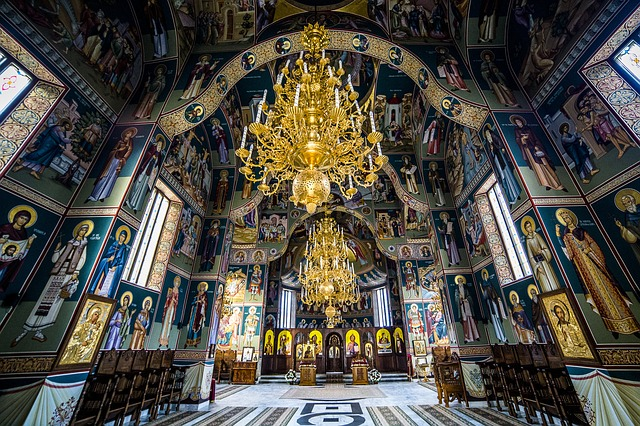 Romanian monastery - Countries for Kids - CASE OF ADVENTURE .com
