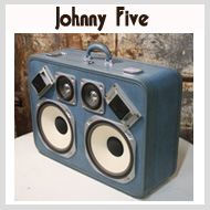 Johnny_five_button