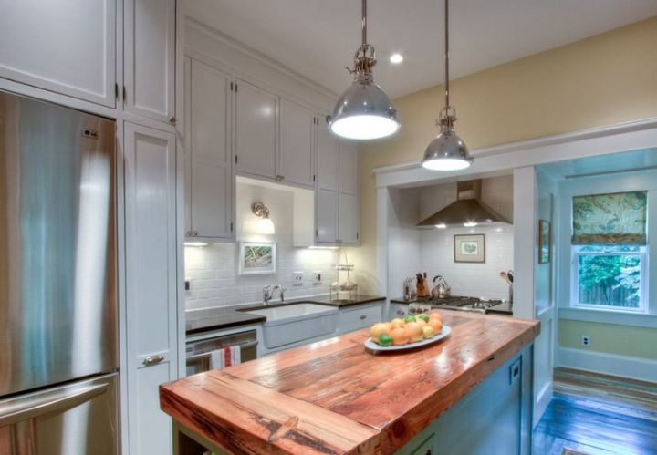10 idei de mobilier din lemn refolosit pentru casa