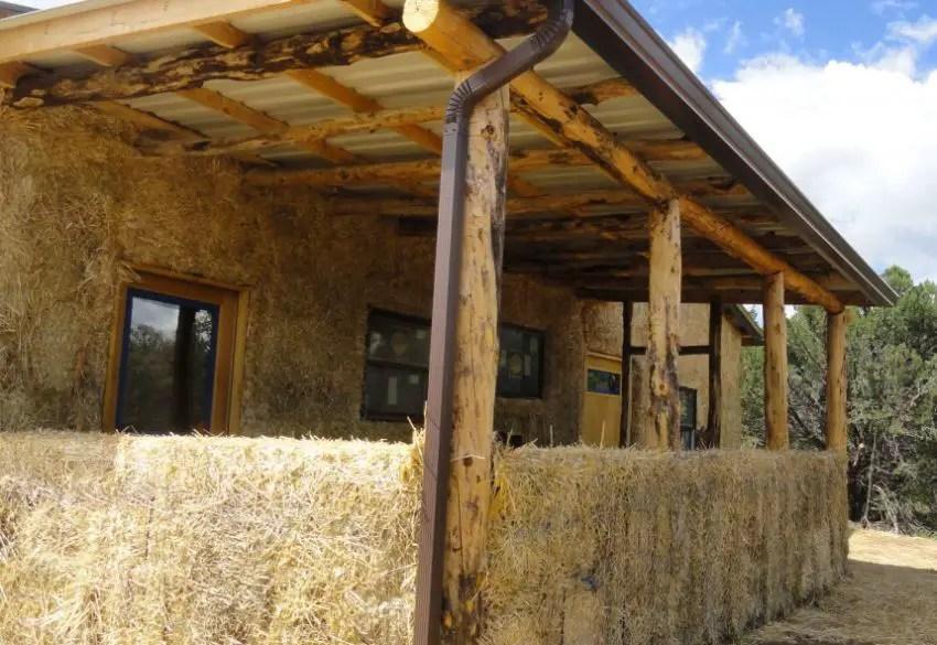 Cum sa construiesti o casa ieftina 3 idei la indemana for Casa la tara ieftina