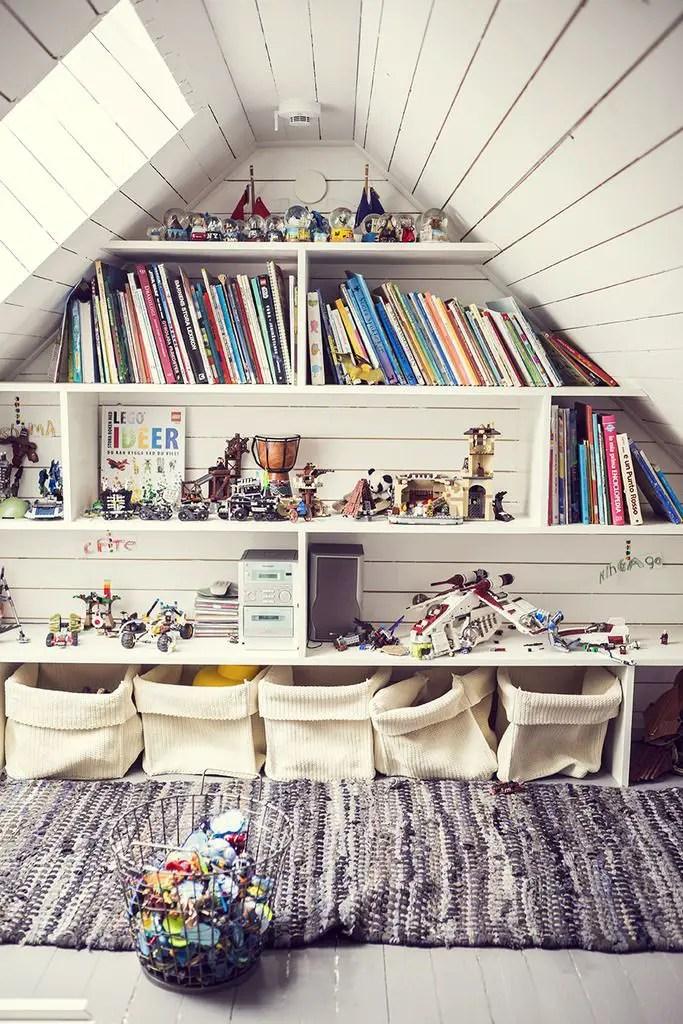 Dormitorul copiilor in culori diferite