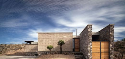 Case construite din panouri sandwich redefinirea eficientei case practice - The cave the modern home in the mexican desert ...