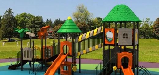 Constructia unui mic loc de joaca pentru copii in gradina