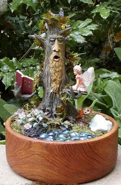 decoratiuni din buturugi Stump decorating ideas 11