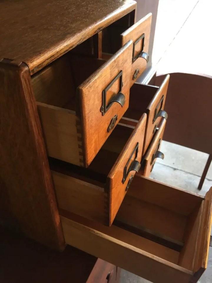 mic mobilier vintage Vintage pieces of furniture 5