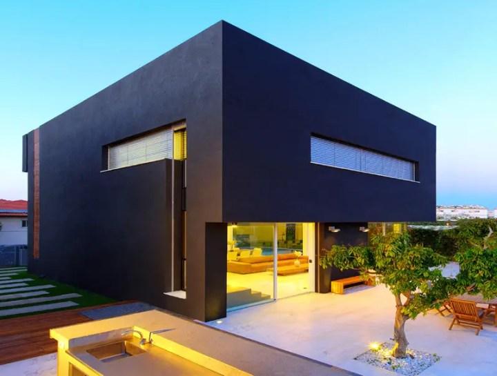 Casa contrastelor din Israel