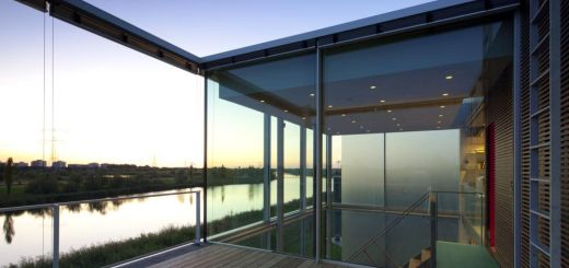 Case cu terase din sticla moderne