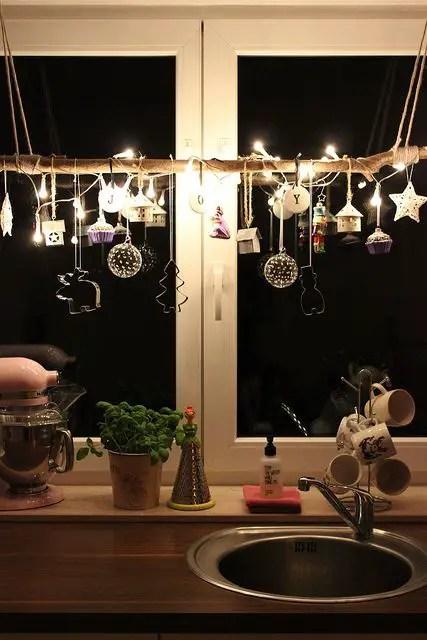 decorarea geamurilor de craciun Christmas window design ideas 10