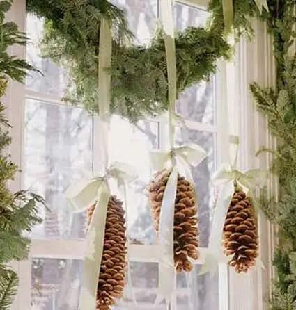 decorarea geamurilor de craciun Christmas window design ideas