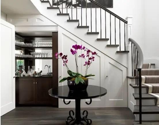 utilizarea spatiului de sub scari under stairs storage ideas 4