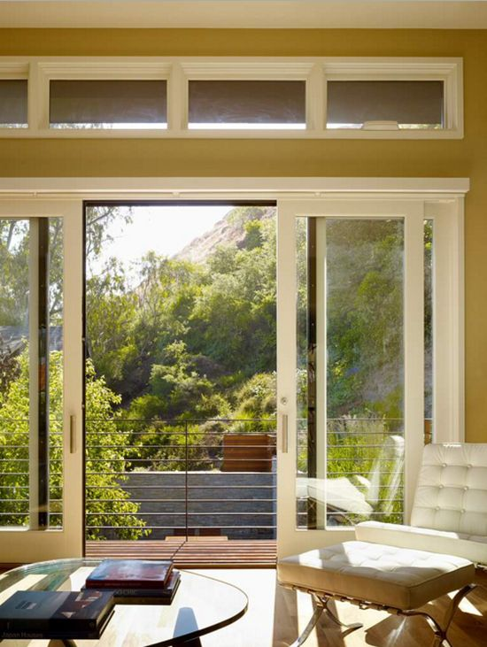 Usi glisante pentru bucatarie, debara si balcon acasa
