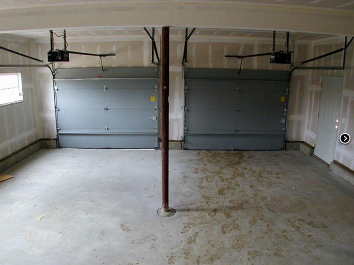 Case construite din garaje vechi