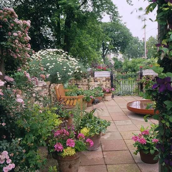 Idei pentru amenajarea unei gradini de 50 de metri patrati 50 square meter garden design ideas 9