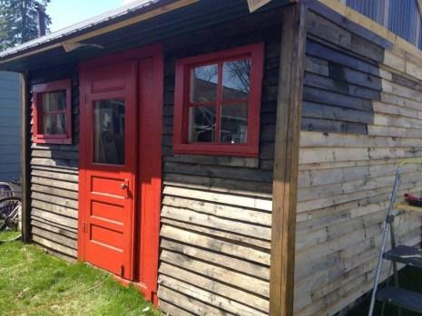 case construite din paleti Wood pallet houses 12