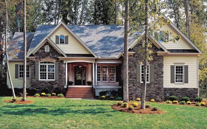 Plan: houseplans.com/DONALD A. GARDNER ARCHITECTS