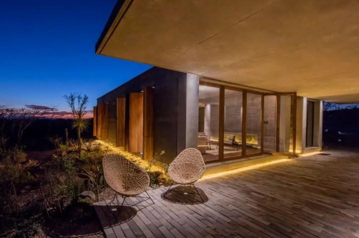 casa din lemn tasat rammed earth hacienda 4