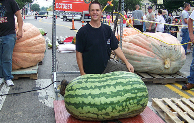 cele mai mari fructe si legume din lume pepene