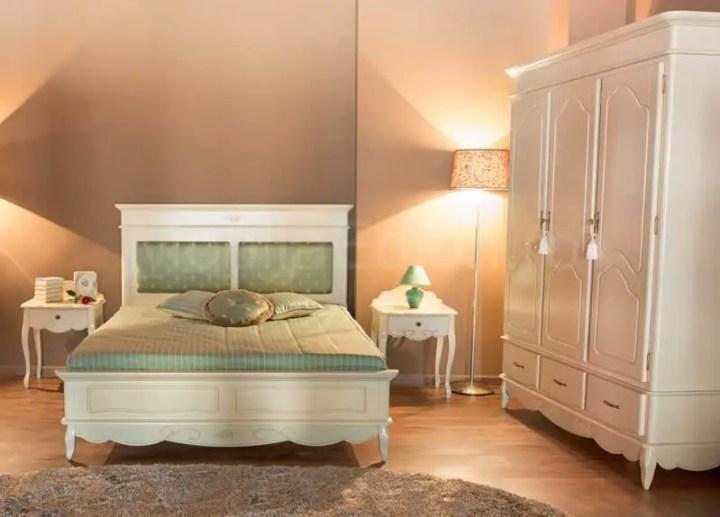 mobilier din lemn masiv pentru dormitor 2