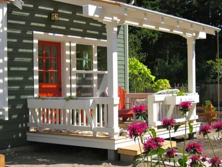 proiecte de case mici si cochete 1 terasa