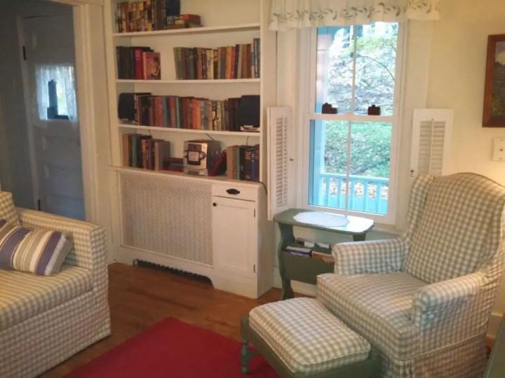 proiecte de case mici si cochete 3 sufragerie2