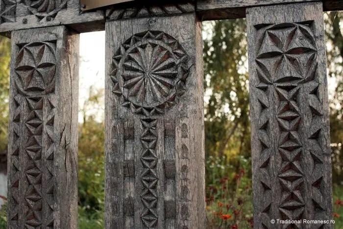 cele mai frumoase motive populare romanesti roata solara poarta