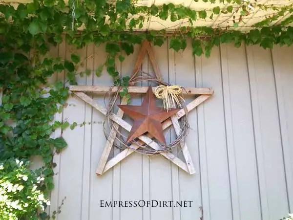 decoratiuni pentru exteriorul casei stea