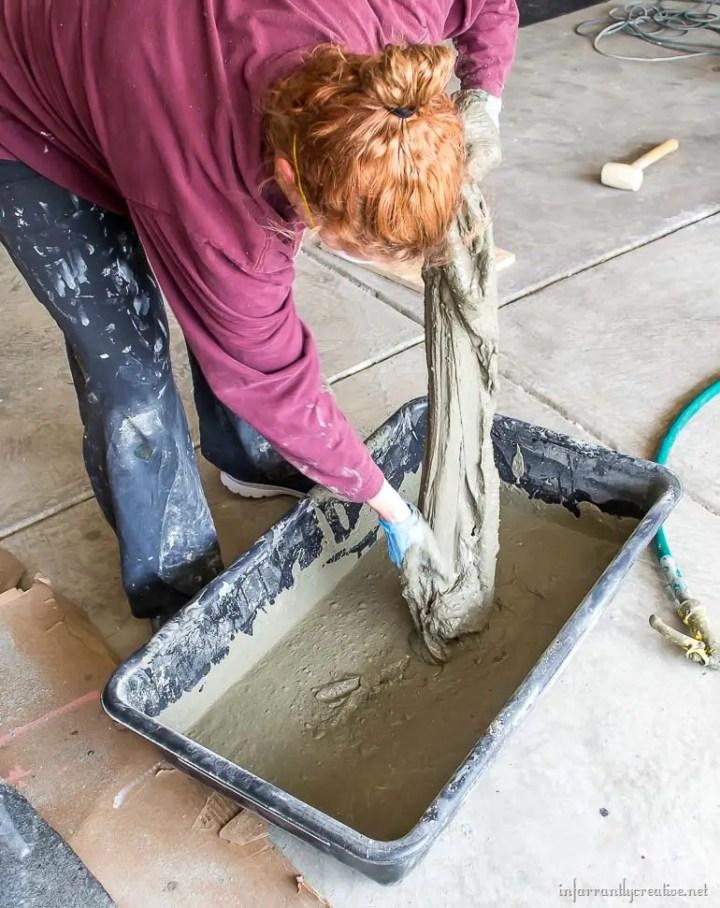 ghivece din haine si beton