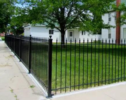 cel mai des folosite materiale pentru gard