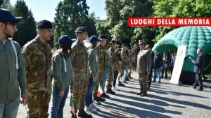 Il saluto alla delegazione mista studenti e militari