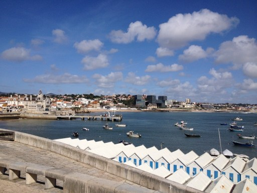 Beautiful water and blue sky in Cascais