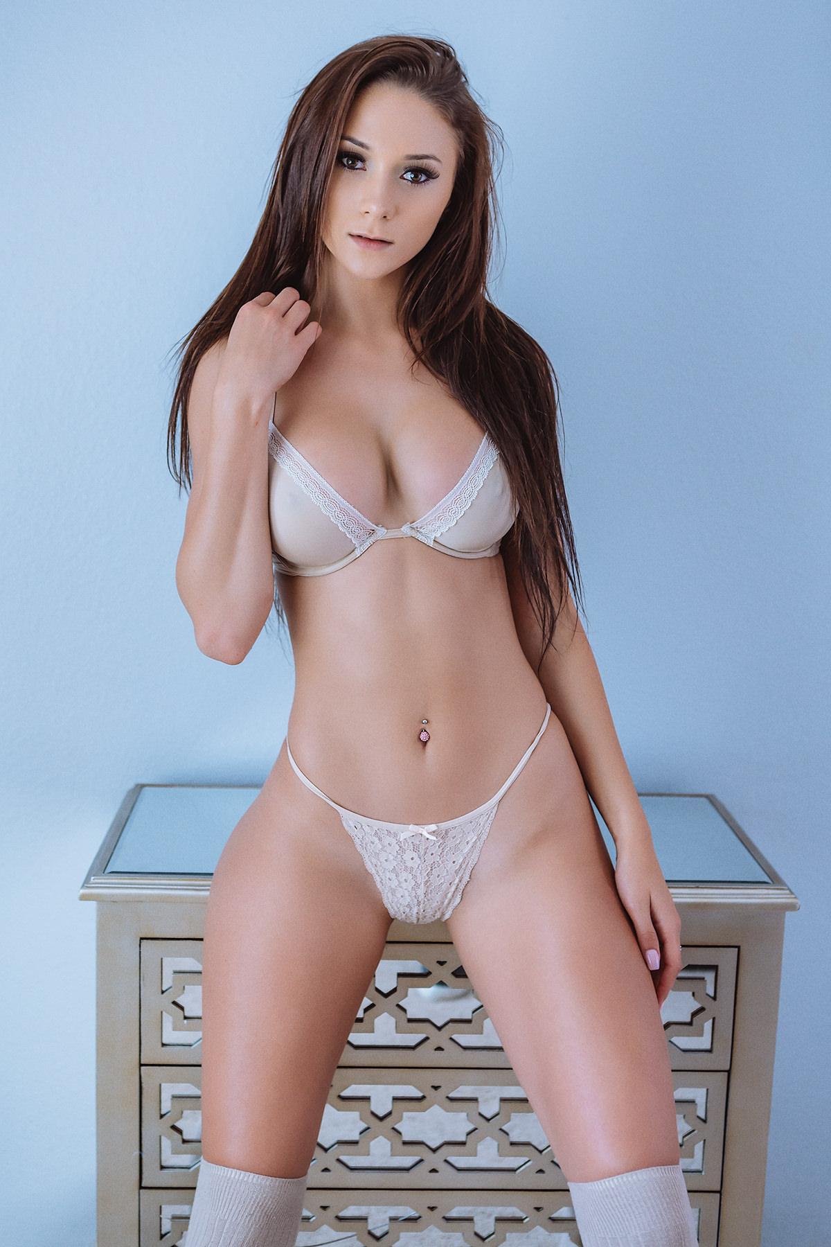k heart yo model