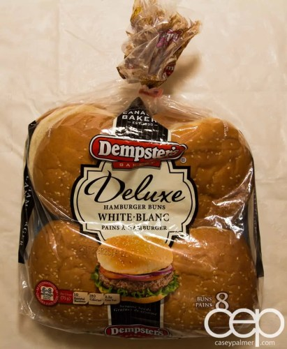 #DIYSandwich — Quick and Easy Summer Burger — Dempster's Dexlue Hamburger Buns