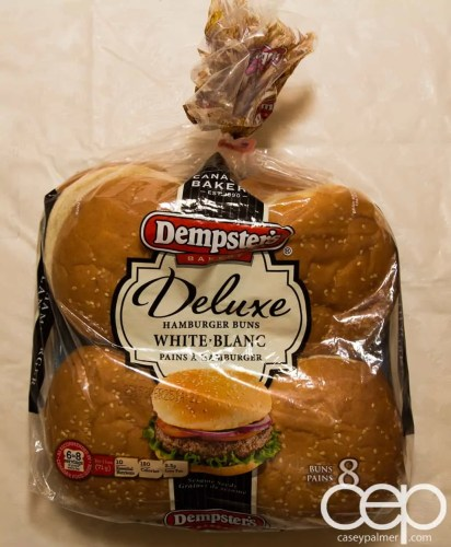 #DIYSandwich — Quick and Easy Summer Burger — Dempster's Dexlue Hamburger Buns