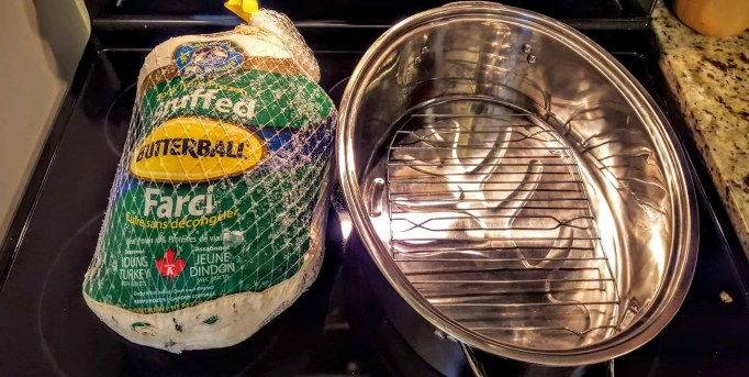#ButterBallMakesItEasy — Can Butterball Canada Turn Casey From a Kitchen Turkey to a Cooking Whiz — Butterball Stuffed Turkey and Roasting Pan